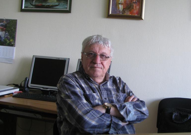 професор Пантев
