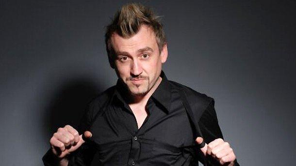 Музикантът Любо Кировсе е пропил покрай големия си брой ангажименти. Певецът