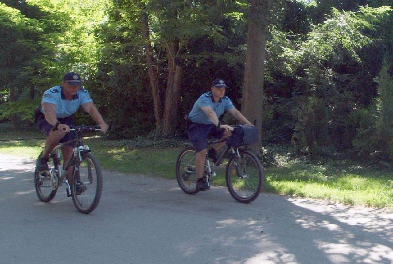 вело полицаи