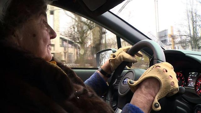 Баба шофьор