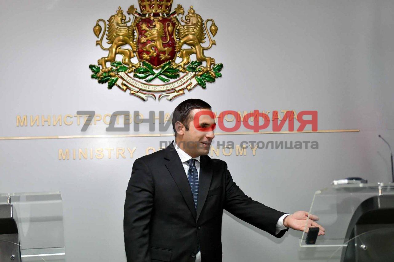 -Емил-Караниколов-1-1280x853.jpg