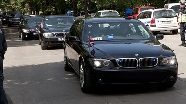 НСО обучава нови шофьори за предстоящото европредседателство. За да стигнат