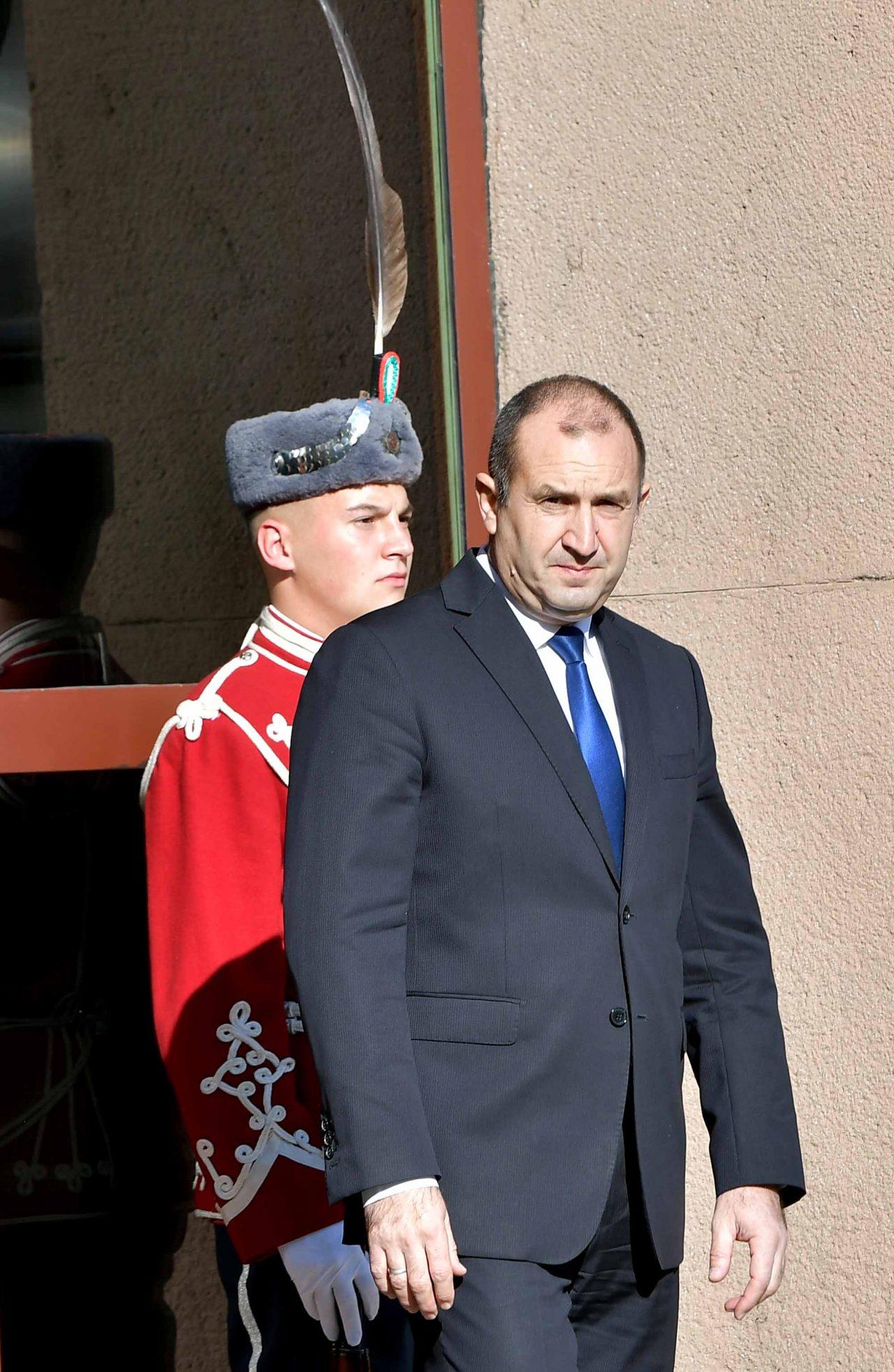 Румен Радев Президент (1)