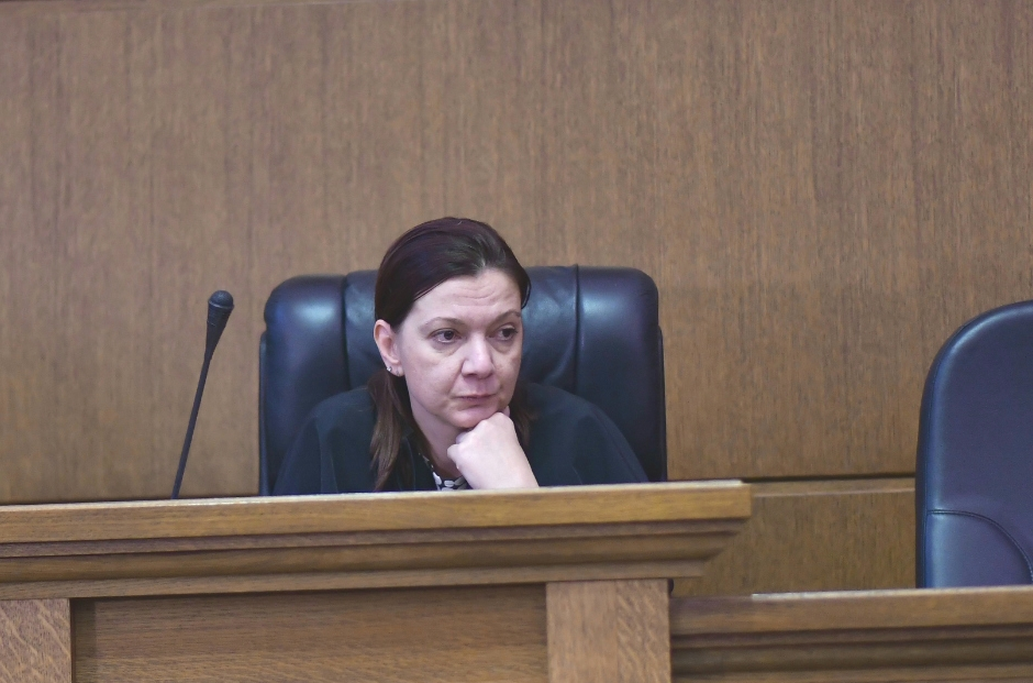 Съдия по делото Нинова Борисов
