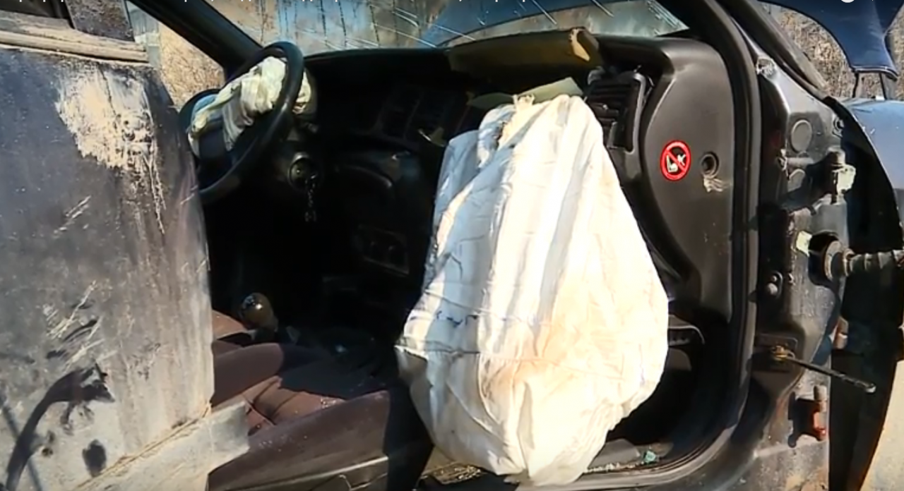 Жестоко меле в София! Над 10 автомобила се помляха във верижна катастрофа… (СНИМКИ)