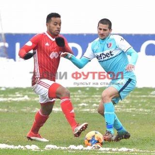 ЦСКА губи с 1:3 след 60 минути игра в контролата