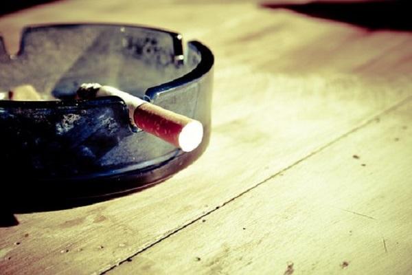 cigarette-599485__340.jpg