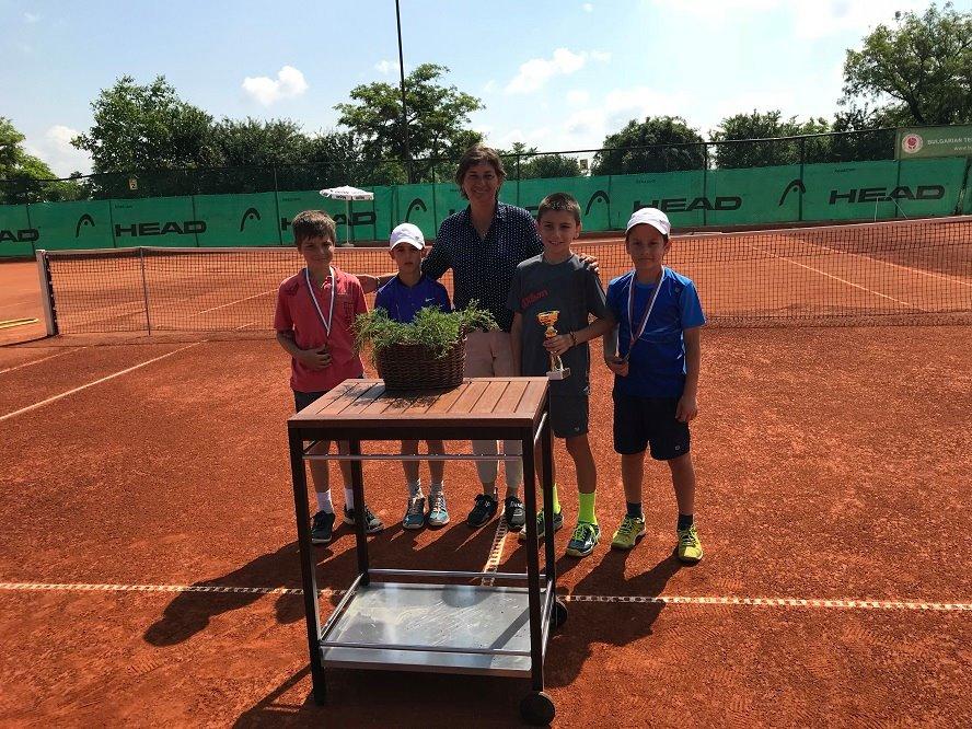 Борислав Кирилов и Елица Капсъзова спечелиха Регионален турнир за момчета