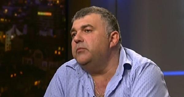 Разследващият журналист Димитър Илиев твърди, че любовна афера с участието