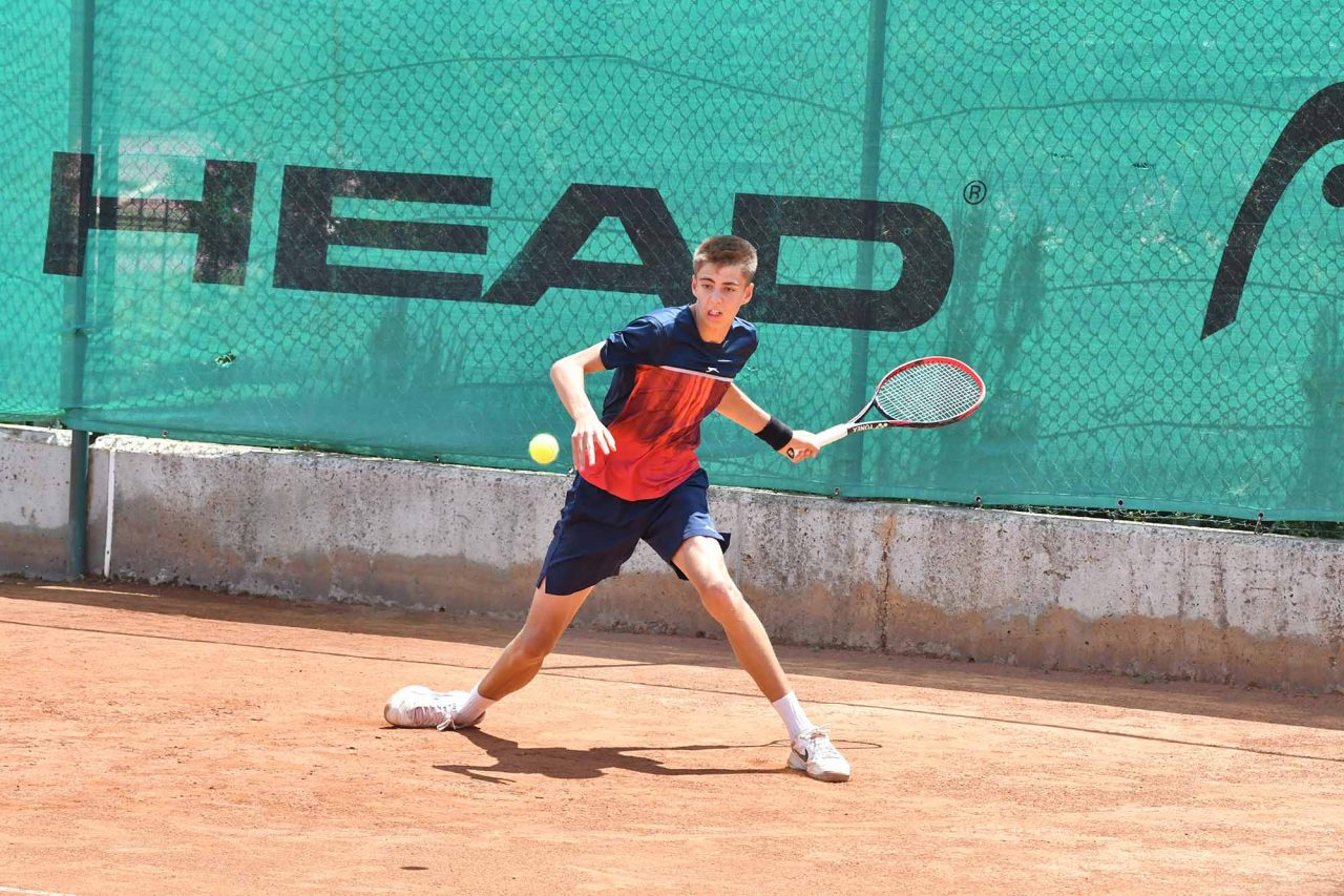 Държавно лично първенство на открито юноши и девойки до 16 год. ТК Спорт палас Сливен (35)