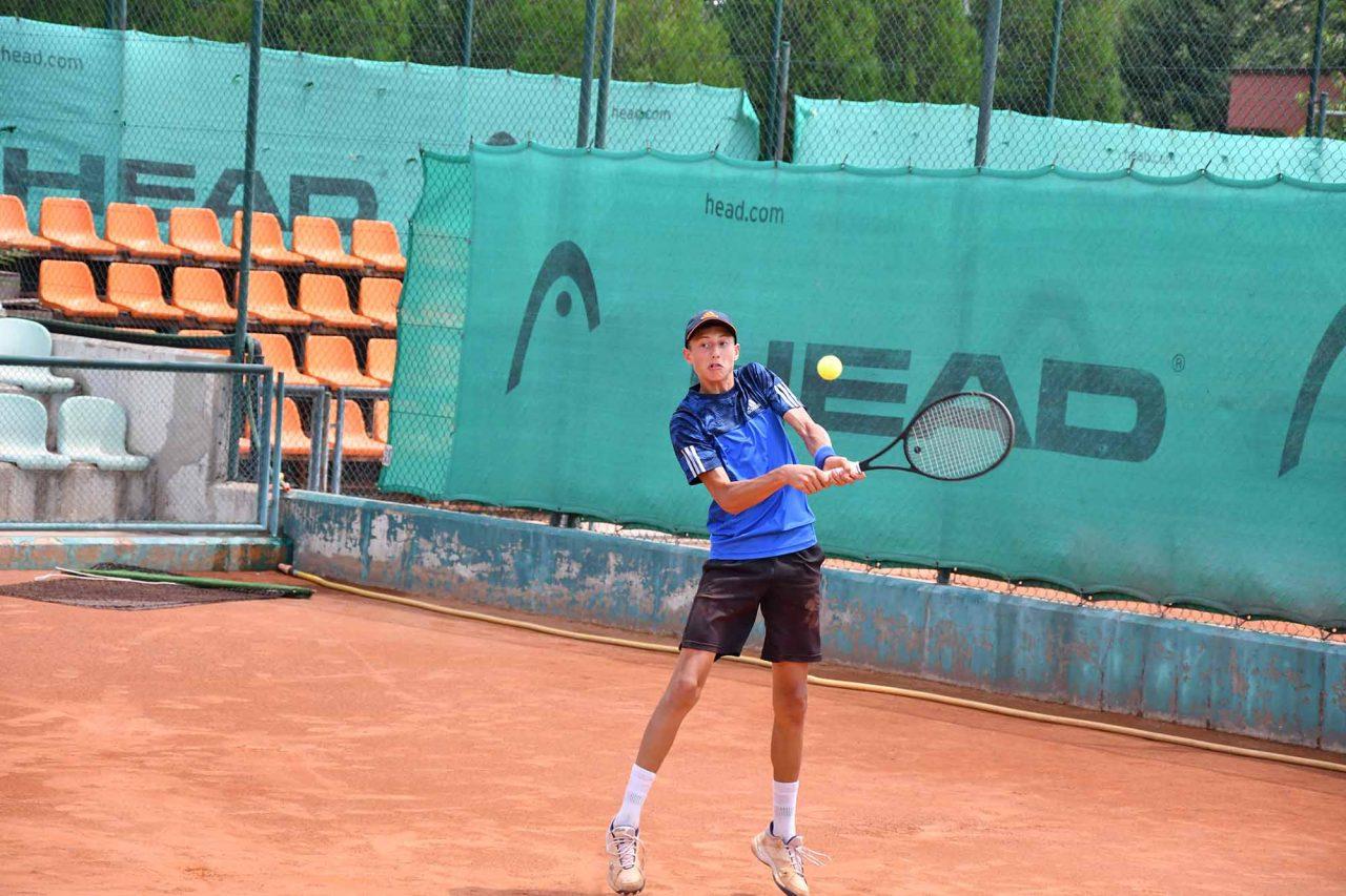 Държавно лично първенство на открито юноши и девойки до 16 год. ТК Спорт палас Сливен (45)