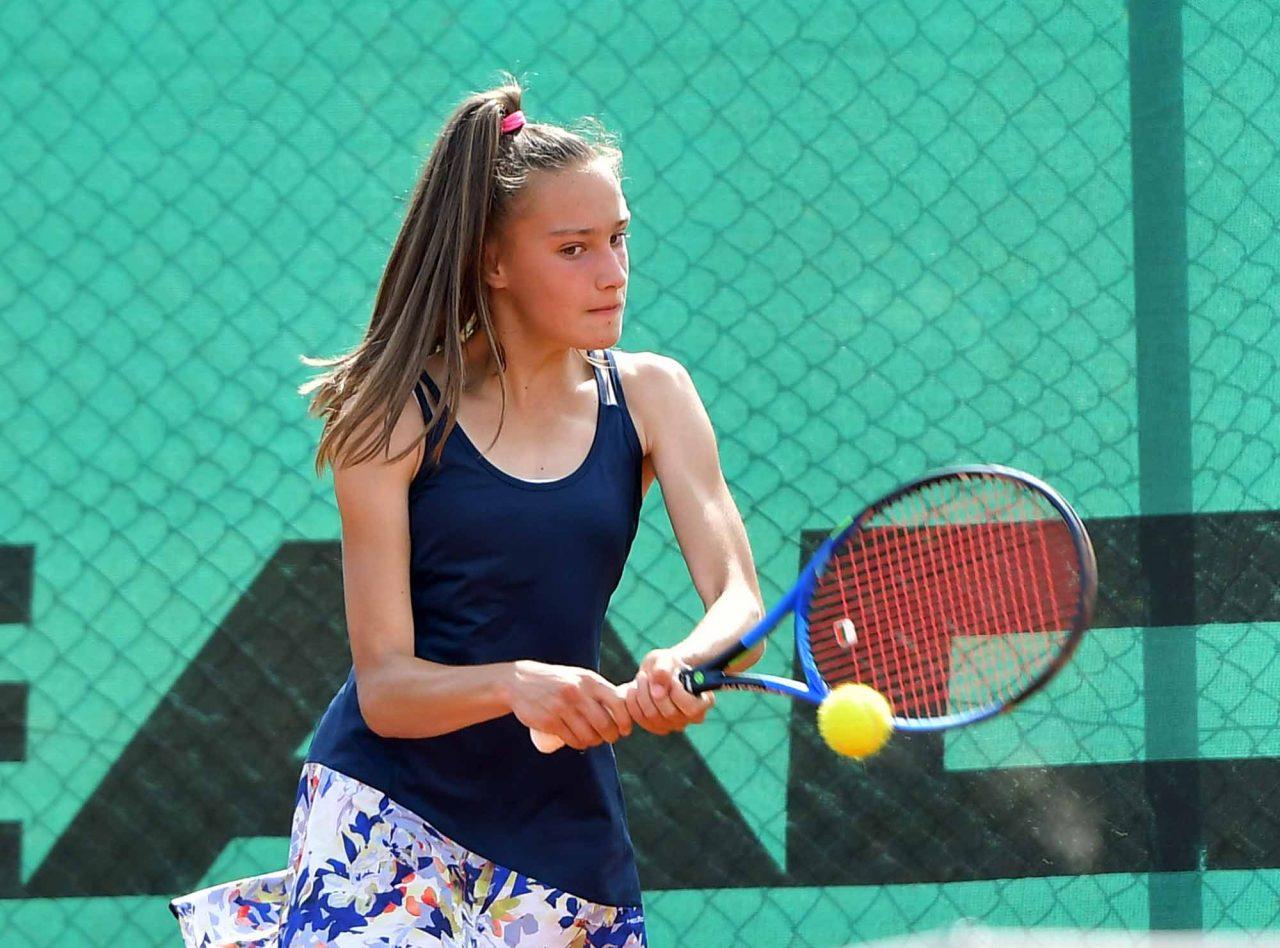 Държавно първенство тенис до 14 год. ТК 15-40 момичета (13)
