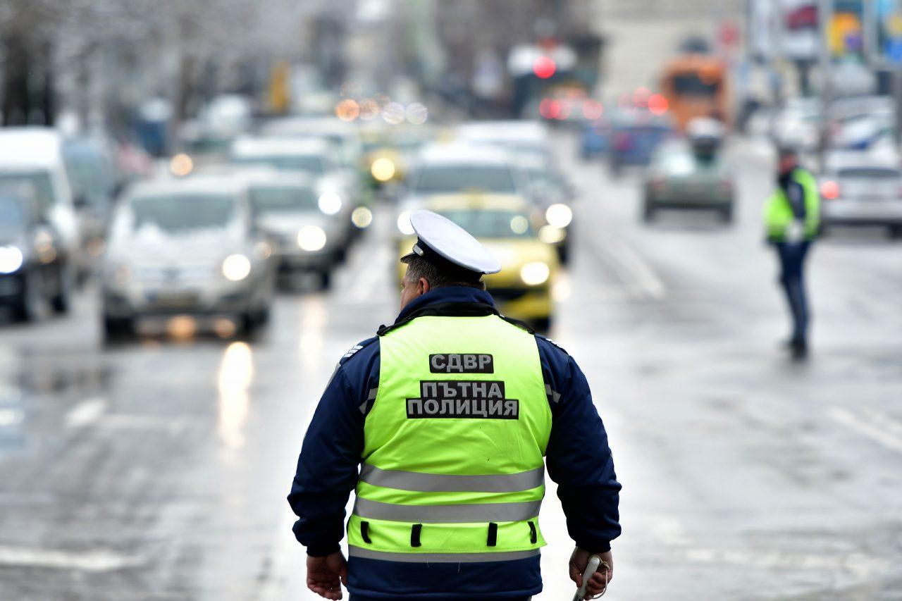 Пътна-полиция-1280x853.jpg