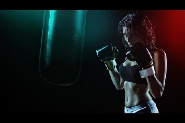 girl-boxer-1333600__340.jpg
