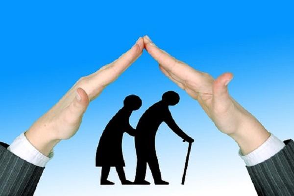 seniors-1505943__340.jpg