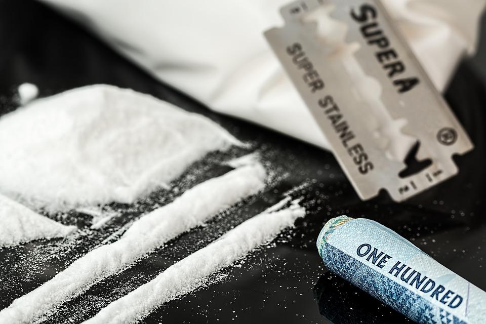 drugs-908533_960_720.jpg